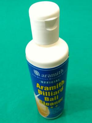 Limpador e polidor de bolas de sinuca aramith