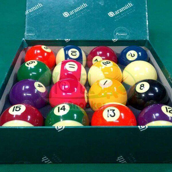 Jogo de bola aramith importado semi novo uma semana de uso, numerada faixadas de 57,2mm